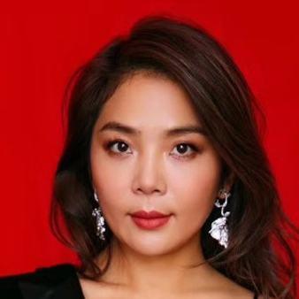 Vivianne Ying